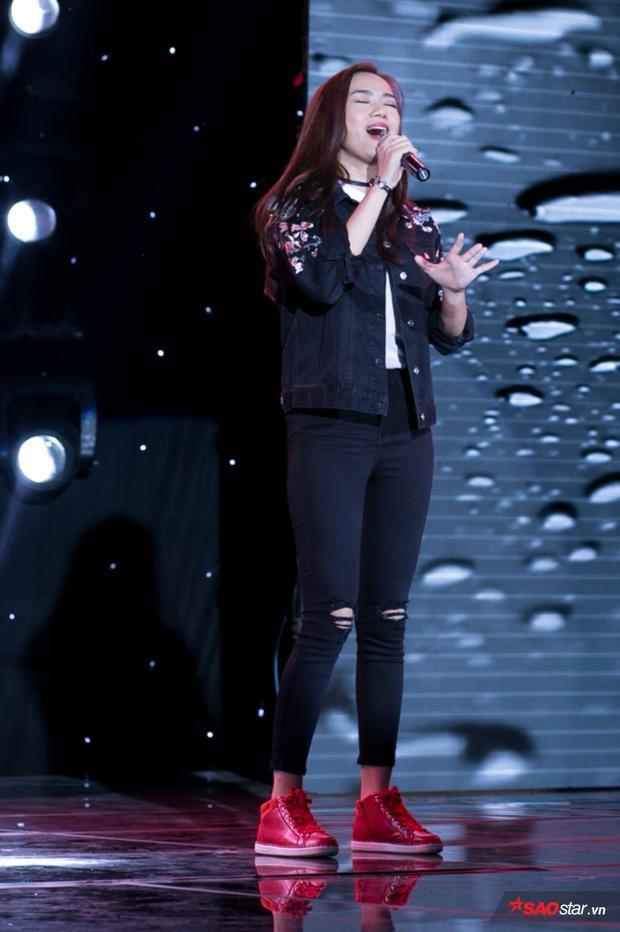 Tiếp theo đó, Trương Kiều Diễm đem lại ca khúc Sau cơn mưa đầy lãng mạn, tình cảm do chính cô sáng tác.