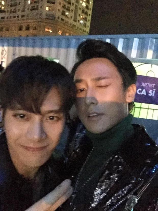 Jackson (GOT7) nói tiếng Việt siêu dễ thương, chủ động follow Instagram Rocker Nguyễn
