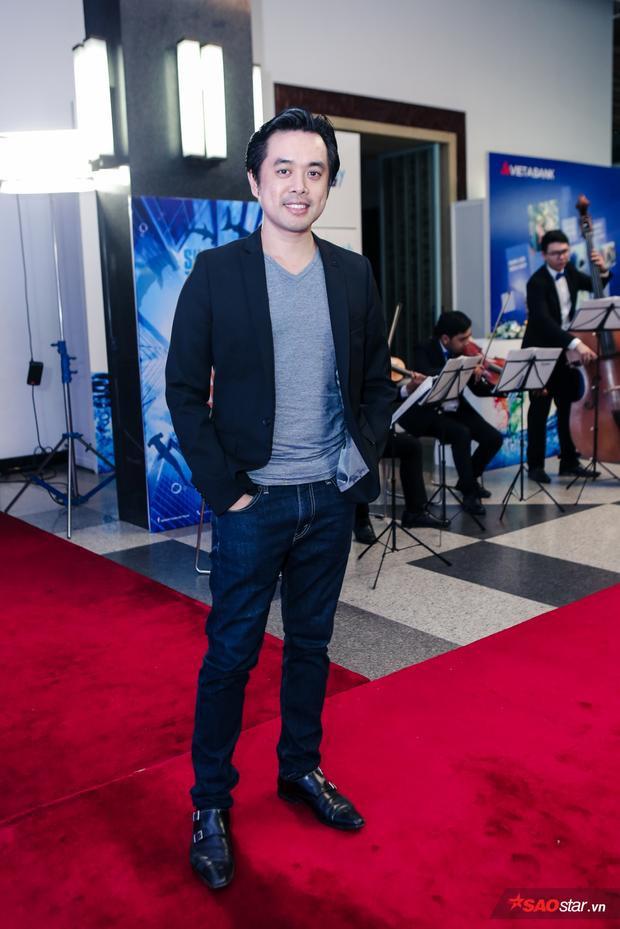 Nhạc sĩ Dương Khắc Linh, một trong những nhân vật xuất hiện từ sớm tham gia chương trình.
