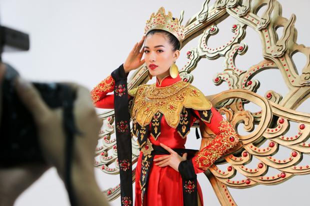Cuộc thi Hoa hậu Hoàn vũ 2016 diễn ra từ ngày 12-30/1 tại Philippines. Chung kết sẽ diễn ra lúc 8h sáng ngày 30/1 (nhằm mùng 3 Tết âm lịch).
