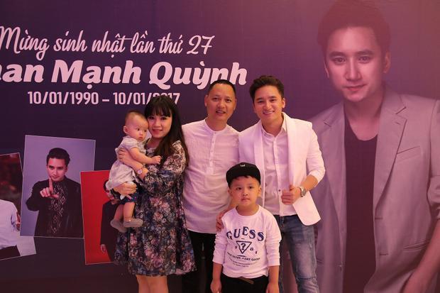 Gia đình của nhạc sĩ Nguyễn Hải Phong.