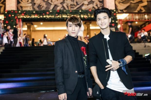 Huỳnh Anh (phải) trẻ trung, năng động