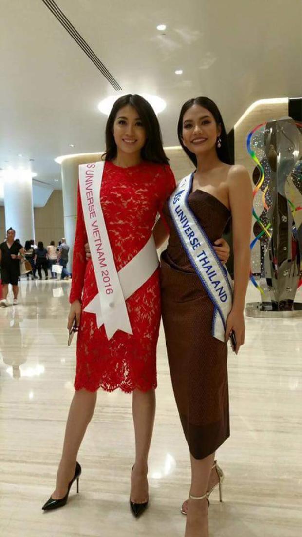 Lệ Hằng đọ sắc với người đẹp Thái Lan.