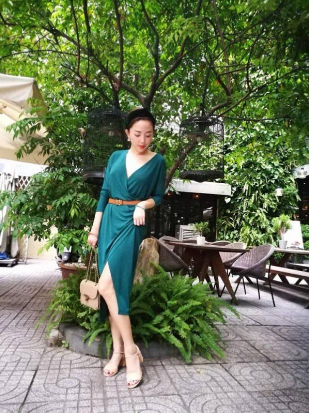 Trên sân khấu cá tính chưa đủ, streetstyle ngoài đời của Tóc Tiên cũng vô cùng sành điệu!