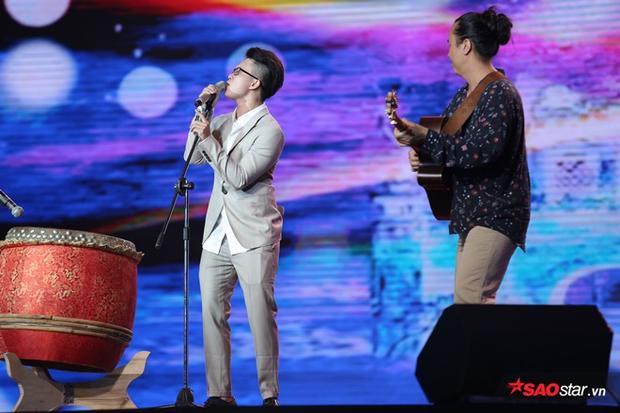 Lê Thiện Hiếu sẽ kết hợp trên sân khấu cùng HLV Lê Minh Sơn