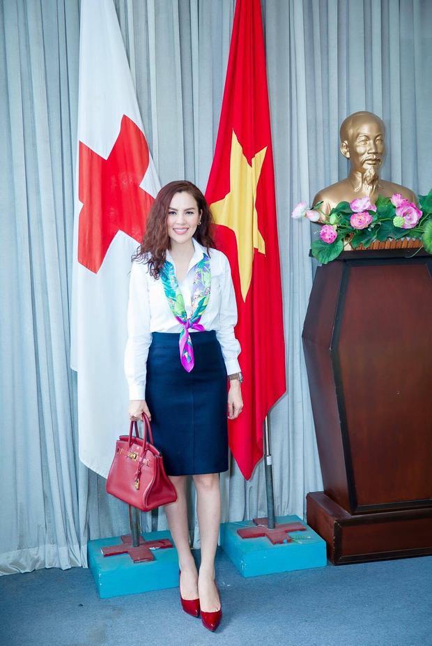 Dòng Hermes Birkin Bag Red Rouge Grenat Togo lên đến hơn 500 triệu đồng.