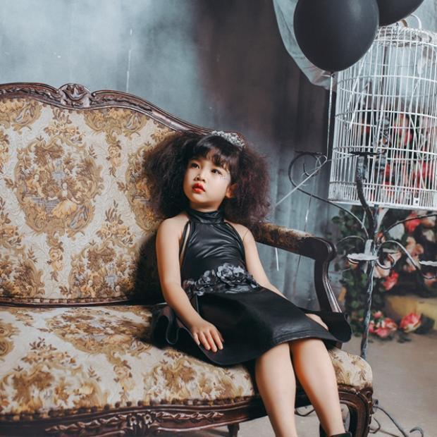 Mới 4 tuổi mà fashionista này đã chất như thế thì ai chịu nổi?