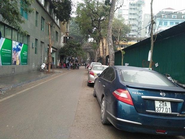 Chiếc ô tô đã không còn ở vị trí trước đó xuất hiện trên mạng xã hội.