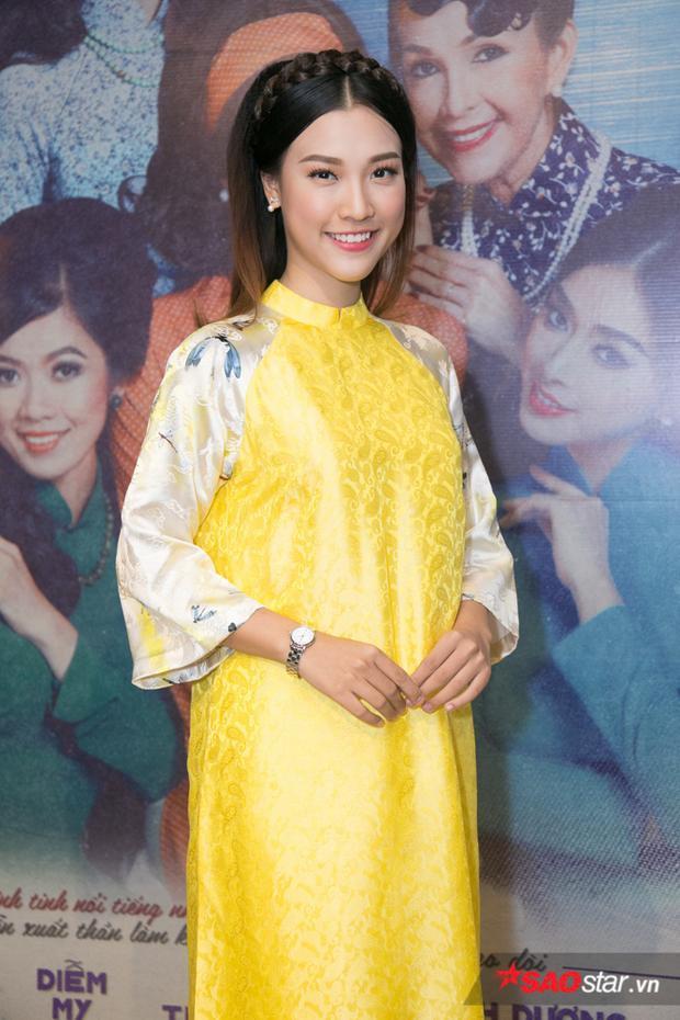 Hoàng Oanh.