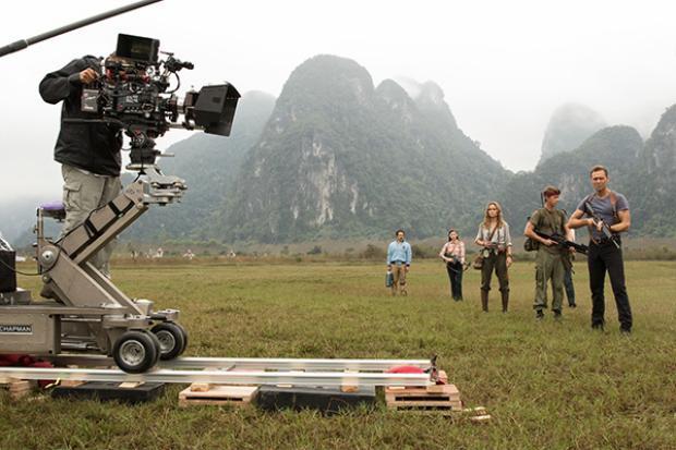 Những cảnh quay được thực hiện ở Việt Nam.