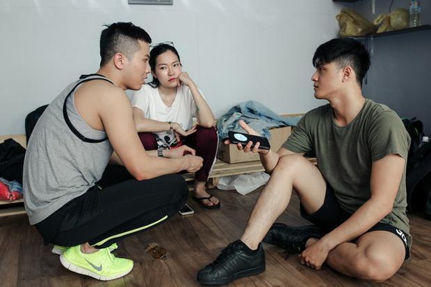 Chia tay rồi, vướng phải lùm xùm tay ba nhưng Phương Châu khiến nhiều người không khỏi khâm phục khi vẫn bình thản hỗ trợ Lâm Vinh Hải trong công việc thế này đây!