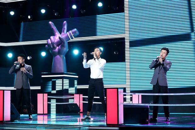 Màn song đấu sẽ trở nên hấp dẫn khi sự hiện đại của Ali Hoàng Dương kết hợp cùng giọng hát cổ điển của cặp sinh đôi tạo nên sự giao thoa mang đến những tươi mới cho ca khúc của Phan Mạnh Quỳnh.