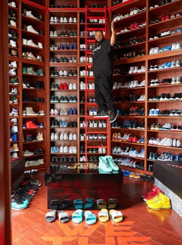 DJ Khaled đã dành phần lớn trong thiên đường tự tạo của chính mình.