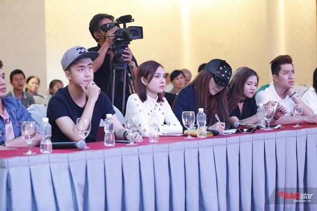 Khách mời có nhóm The Wings, Minh Như, nhóm Sgirls.