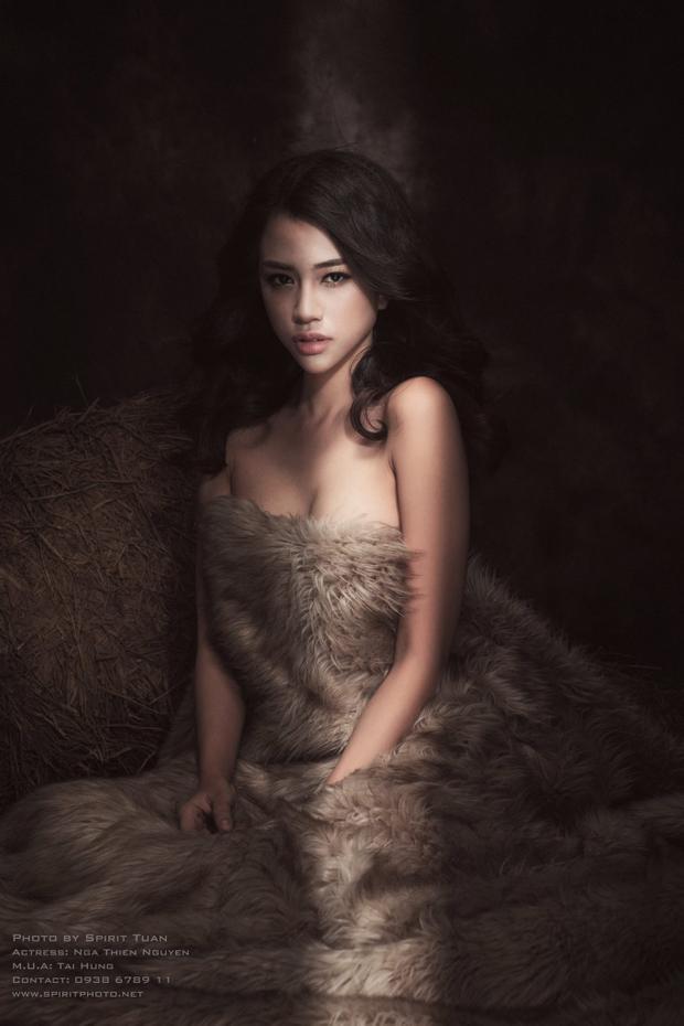 Không chỉ là diễn viên, Thiên Nga còn là người mẫu, cô đã diễn cho nhiều show thời trang và chụp ảnh quảng cáo cho nhiều thương hiệu nổi tiếng như Cocacola, Patal, Zalora,.. Cô gái xinh đẹp và đa tài này hứa hẹn sẽ là một nhân tố sáng giá trong nhà chung năm nay?