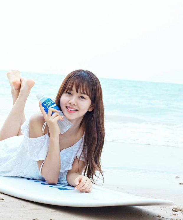 Kim So Hyun trong quảng cáo nước giải khát.