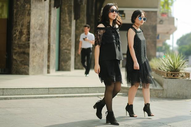 Trò cưng Tóc Tiên rạng rỡ dạo phố sau chiến thắng vòng Đối đầu The Voice