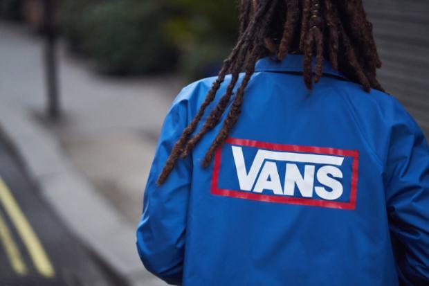 Sắp tới Vans và Uraban Outfitters sẽ tổ chức sự kiện trình diễn trực tiếp với Little Simz tại House of Vans ở Brooklyn vào ngày 6 tháng 4 lúc 8 giờ tối. Còn từ bây giờ thì bạn đã có thể thêm những item tuyệt vời này vào tủ đồ của mình rồi đấy.