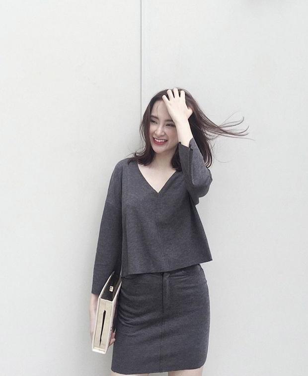 Những set đồ bình dân có mức giá dưới 2 triệu đồng của Angela Phương Trinh luôn mang tới cảm hứng cho cô trong cuộc sống.