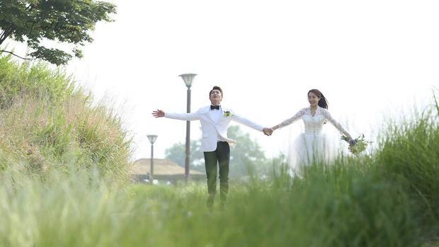Tập cuối Tuổi thanh xuân 2: Sau 4 năm chờ đợi, khán giả vỡ òa với cái kết ngọt ngào của Linh  Junsu