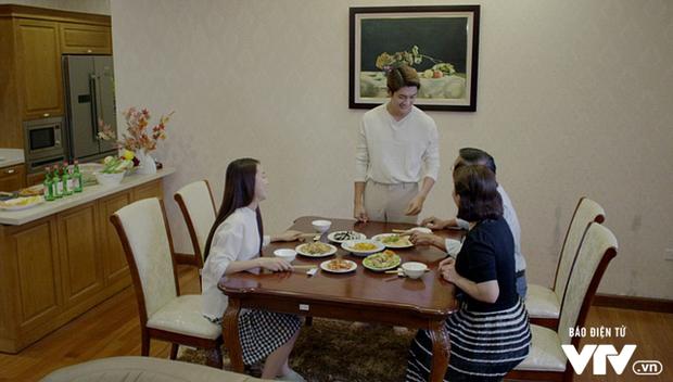 Bố mẹ Linh coi Junsu như thành viên trong gia đình.