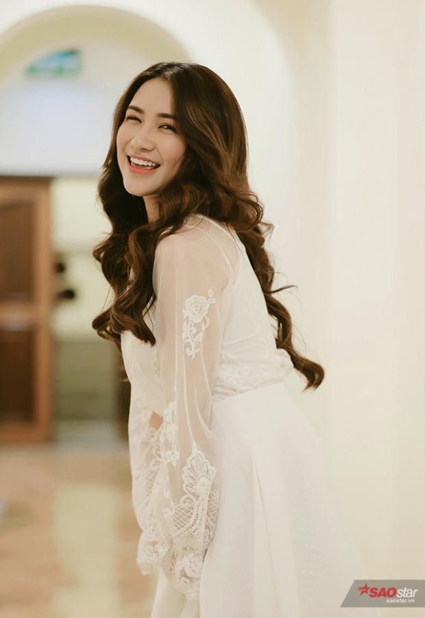 Chương trình còn có sự xuất hiện của nữ ca sĩ Hòa Minzy.