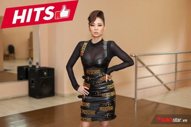 """""""Chị đại"""" Thu Minh đã có màn giảm cân ngoạn mục để có được thân hình chuẩn mẫu như này. Trong buổi ghi hình The Voice tuần qua, Thu Minh chọn chiếc váy bodycon của thương hiệu Moschino vô cùng cá tính, sexy và quyến rũ hết nấc."""