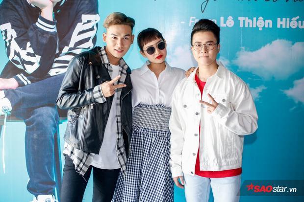 Ali Hoàng Dương và Hiền Hồ cũng tranh thủ có mặt tại buổi ra mắt ca khúc của Lê Thiện Hiếu.