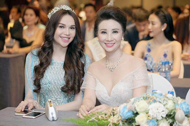 Hoa hậu Đông Nam Á Diệu Hân và doanh nhân Thúy Nga.