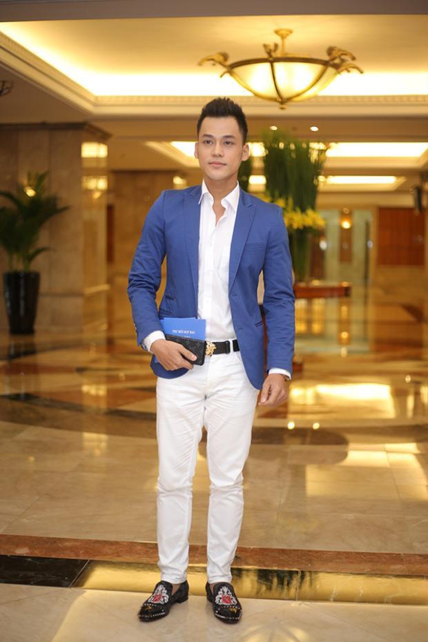 Phan Ngọc Luân.