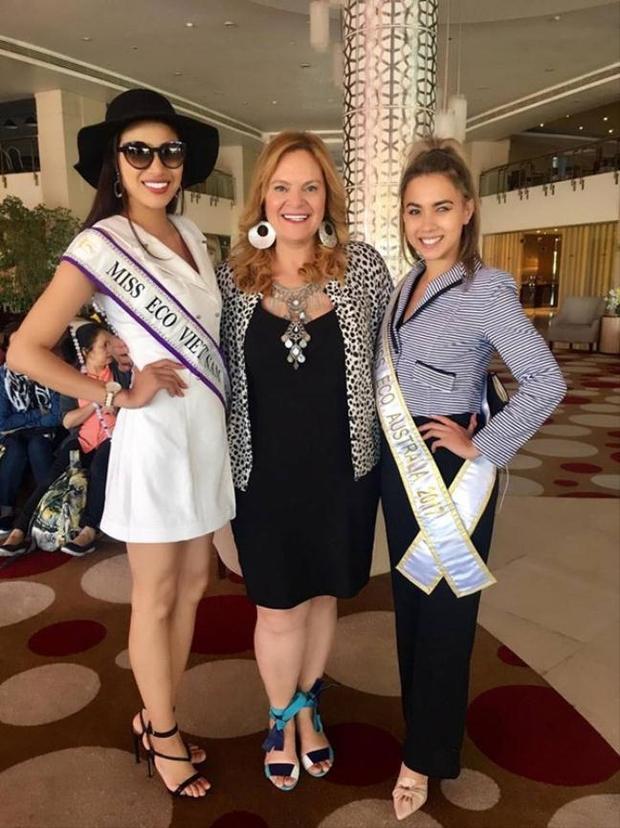 Người đẹp đeo giải băng Miss Eco Viet Nam 2017.