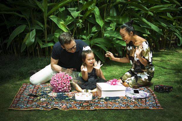Soleil - Tên gọi dự án được lấy cảm hứng từ tên con gái 3 tuổi của cô.
