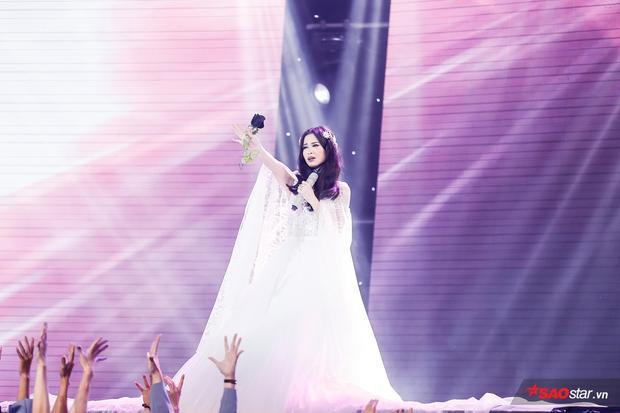 Quá lâu rồi khán giả mới được ngây ngất thế này trước hit mới của Đông Nhi trên sân khấu Remix New Generation