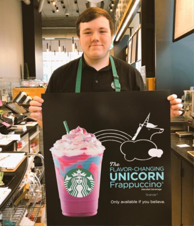 Trước khi được ra mắt chính thức, có rất nhiều nguồn tin bán tín bán nghi về sự thật của ly nước này, cho rắng đây cũng có thể là một chiêu trò cho vui của Starbucks.