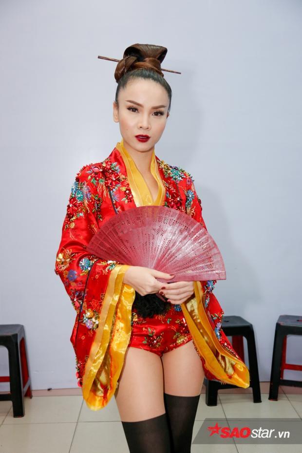 Hình ảnh Geisha đẹp sắc xảo của Yến Trang.