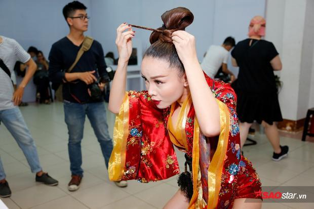 Sau khi vượt mặt Tronie - MiA để giành tấm vé vào đêm Chung kết, Yến Trang hứa hẹn sẽ bùng nổ trong đêm Chung kết lần này.