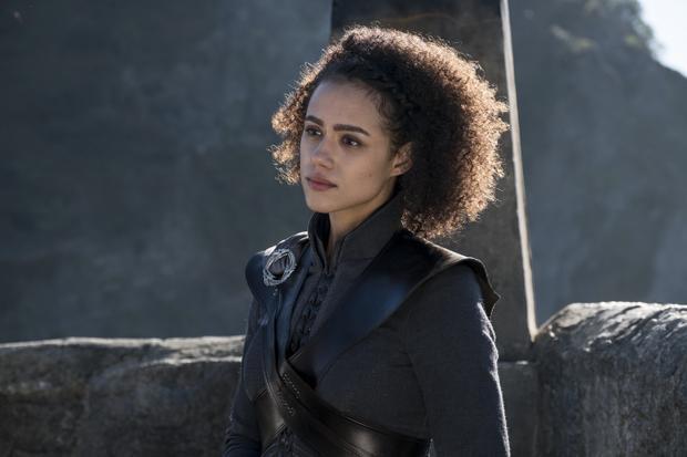 Missandei, nữ hầu của Daenerys cũng tháp tùng chủ nhân tới Westeros. Gần đây, nữ diễn viên thủ vai Missandei - Nathalie Emmanuel cũng tích cực xuất hiện trên truyền hình. Có lẽ vai trò của nhân vật này sẽ tăng lên đáng kể trong season 7.