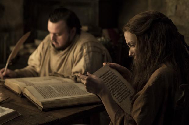 Không như đa phần các nhân vật khác, chàng béo Sam cùng cô bạn gái Gilly sẽ ở lại nghiên cứu tại thành phố của các nhà thông thái, nơi tạm thời chưa chịu ảnh hưởng của chiến tranh.