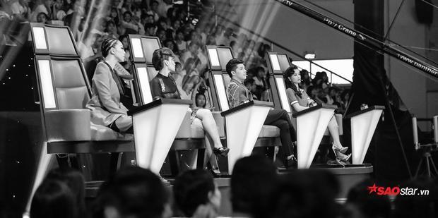Đâu là những khoảnh khắc đẹp đến ngưng thở của bộ tứ HLV trên ghế nóng vòng Đo ván?