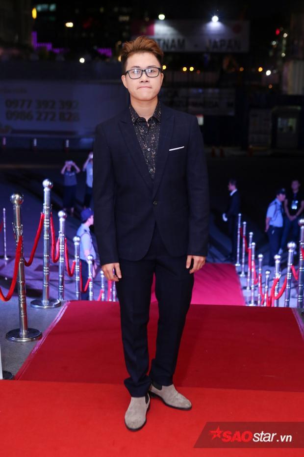 Lê Thiện Hiếu cũng có mặt trong đề cử Bài hát của năm với ca khúc Ông bà anh.