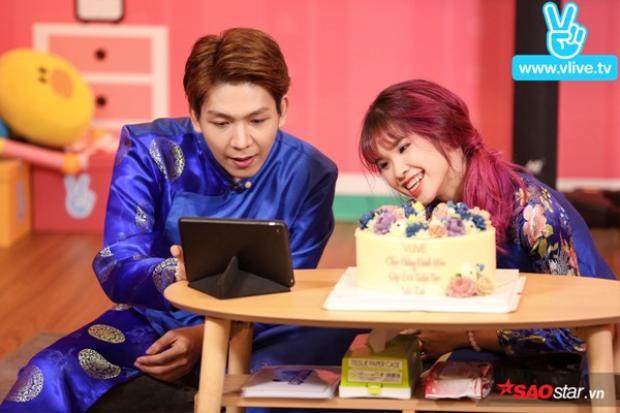 Kelvin Khánh - Khởi My diện áo dài đôi, chính thức xác nhận lễ đính hôn là có thật trong buổi ghi hình trực tiếp.