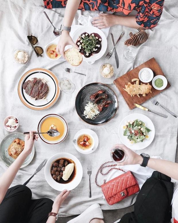 Một bữa ăn no nê tại Gastro và thậm chí còn thừa để khao bạn bè. Các món ăn từ 35- 250 nghìn.