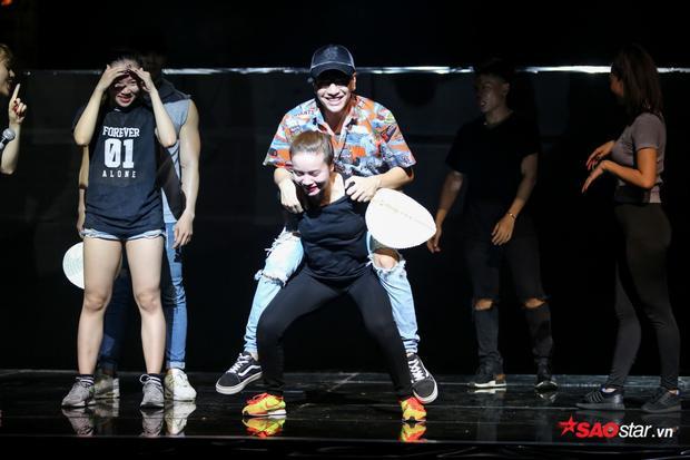 Cả hai sẽ mang đến những khoảnh khắc vui vẻ nhất lên sân khấu?
