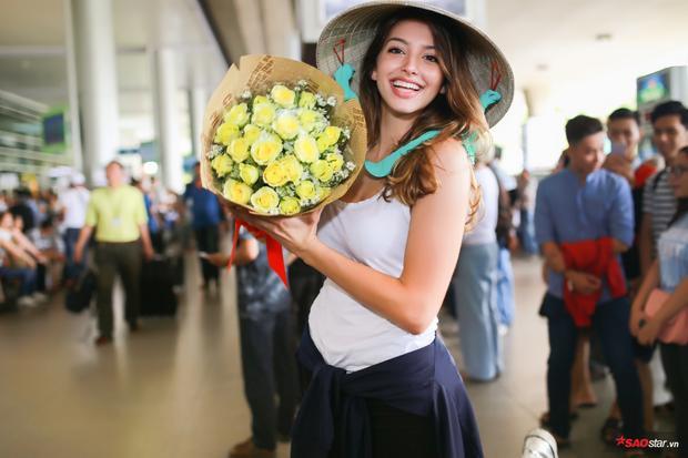Celine Farach tỏ ra khá phấn khích với sự chào đón nồng nhiệt tại Việt Nam.