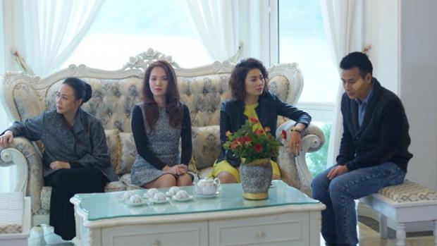 Phan Hương chụp cùng thành viên gia đình Phan Quân
