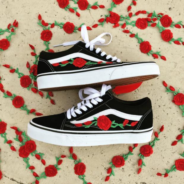 Chân dung bộ đôi Vans'N Roses đang rất được lòng giới trẻ đặc biệt là các tín đồ mê sneaker.