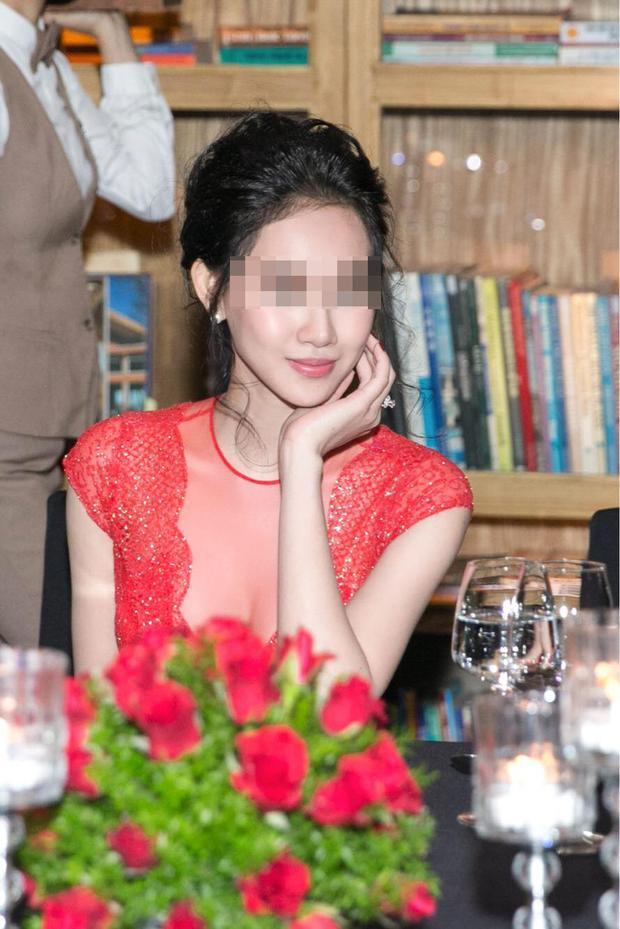 T.T là một người mẫu có tiếng ở TP HCM, cô cũng từng đoạt được giải thưởng quan trọng trong một cuộc thi người đẹp cách đây vài năm.