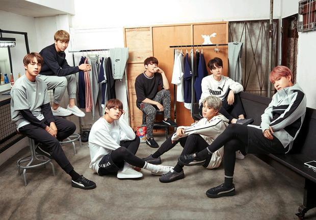 Thời gian qua, BTS đã được rất nhiều kênh truyền thông tại Mỹ phỏng vấn trong khi thực hiện tour diễn vòng quanh thế giới. Danh tiếng của boygroup nhà Big Hit vẫn đang tăng lên từng ngày.