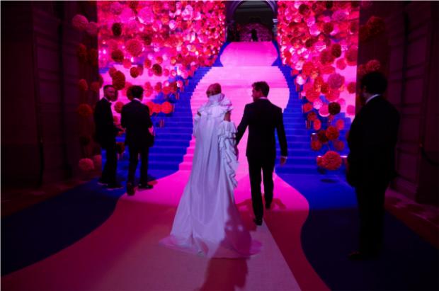 Met Gala còn là nơi quy tụ của rất nhiều các cặp đôi nổi tiếng trong làng giải trí thế giới.