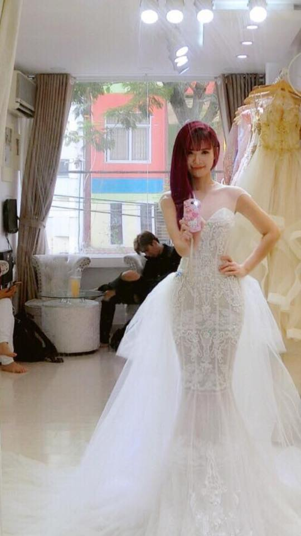 Rò rỉ hình ảnh Khởi My đi thử váy cưới cùng Kelvin Khánh